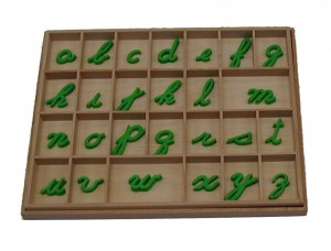 Small Movable Alphabet - Cursive - Green       GZ-054.7       ♣AVAILABLE (qty 7)♣
